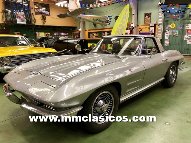 Muscle Car Chevrolet Corvette Sting Ray 327 1964